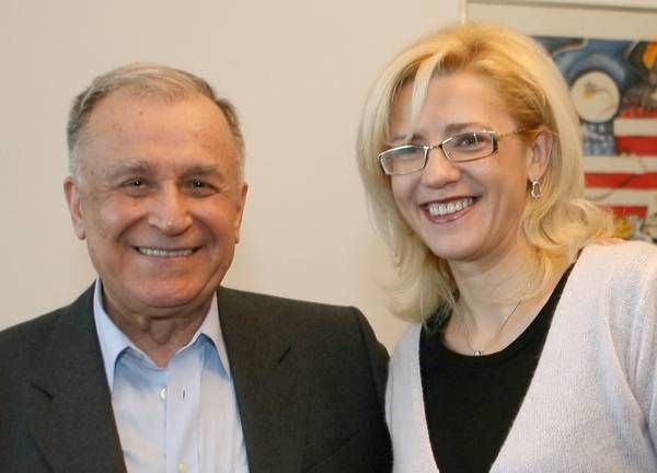 Ion Iliescu si Corina Cretu