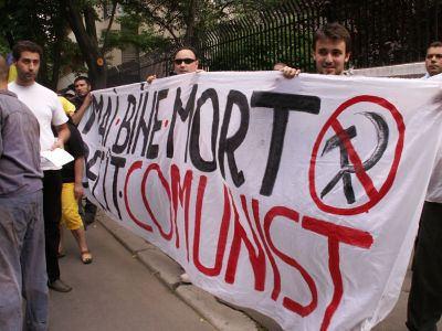 Mai bine mort decat comunist