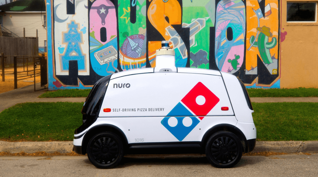 Robot autonom livrare pizza