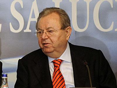 George Păunescu