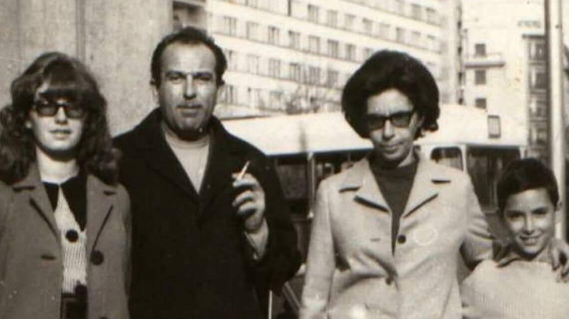 Disidentul Gheorghe Ursu impreuna cu familia