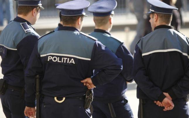 Militieni deveniti politisti